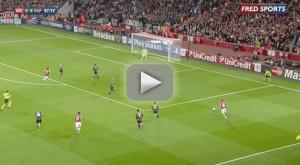 Ozil, son premier but à Arsenal